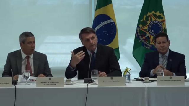 Bolsonaro e Mourão prestam condolências pela morte de Levy Fidelix