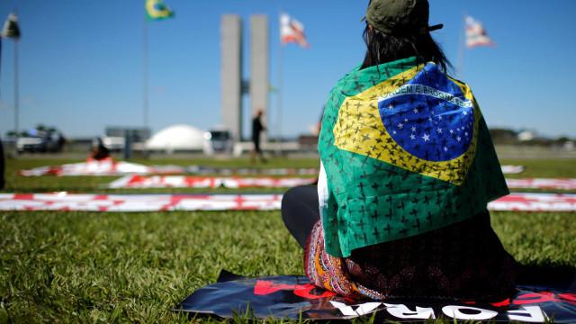 BR registra 1.124 mortes em 24h; 5º do mundo com mais óbitos