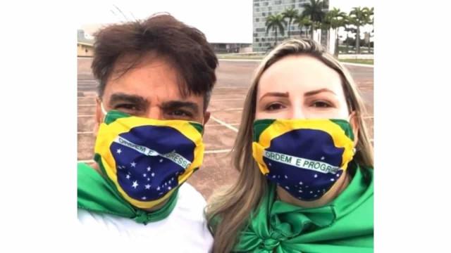 Assassino de atriz, Guilherme de Pádua vai às ruas defender Bolsonaro