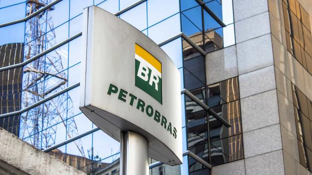 Petrobras vende três plataformas em leilão por US$ 1,45 milhão