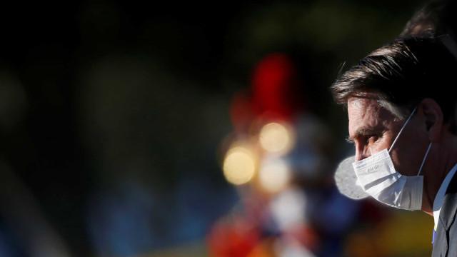Bolsonaro: 'algo de muito grave está acontecendo com nossa democracia'