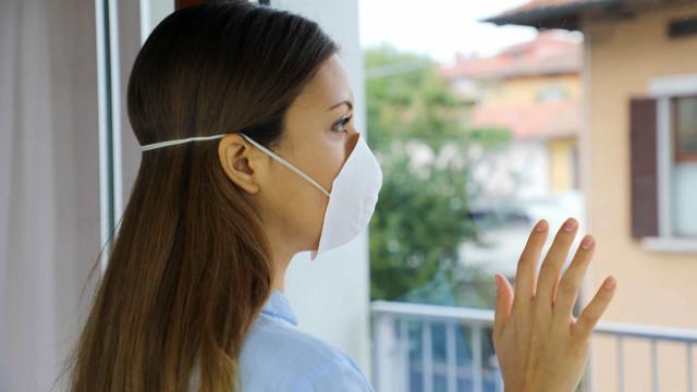 Use máscara em casa para impedir propagação do vírus