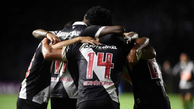 Vasco anuncia que 16 jogadores testaram positivo para Covid-19