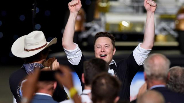 Elon Musk ultrapassou Zuckerberg na lista dos mais ricos do mundo