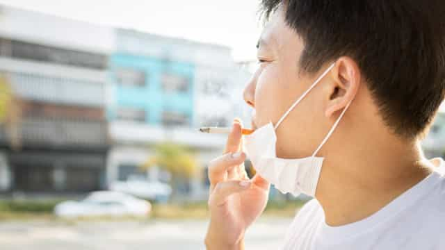Pesquisa: 34,3% dos fumantes aumentaram o consumo de cigarros
