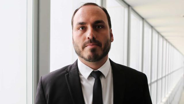 'Tentativa boçal', diz Carlos Bolsonaro sobre depoimento de Moro