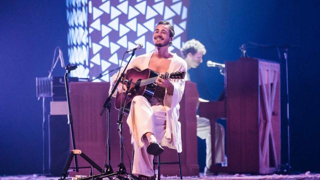 Tiago Iorc lança single escrito há mais de 15 anos
