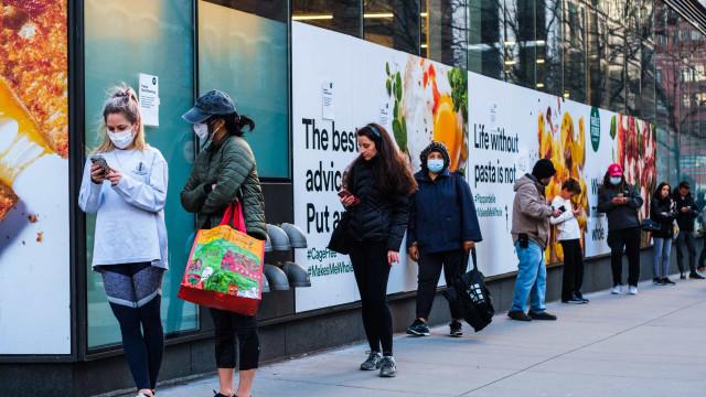 Cada dia sem distanciamento social prolonga pandemia em 2,4 dias