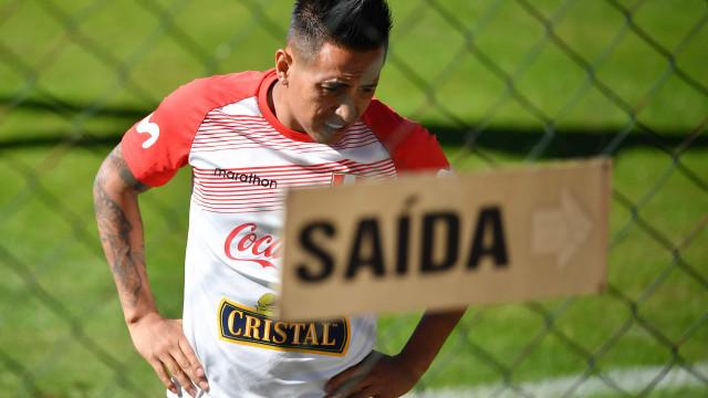 Cueva diz que não terá contrato renovado com o Pachuca, do México