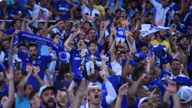 Atacante camaronês Joel se despede do Cruzeiro após cinco anos e meio