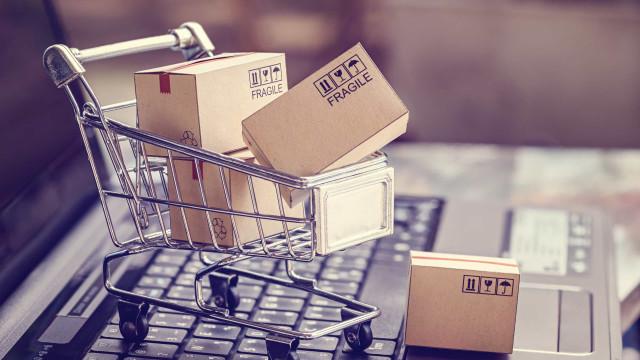 Vendas do comércio eletrônico têm alta de 73,88% em 2020, mostra índice