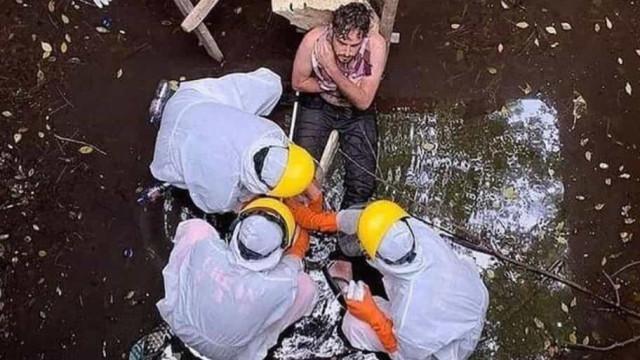 Turista cai em poço na Indonésia e é resgatado 6 dias após o incidente