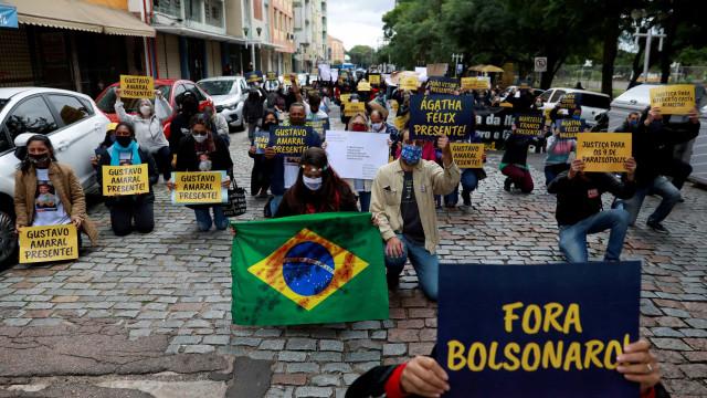 Manifestantes pró e contra Bolsonaro se concentram em Brasília