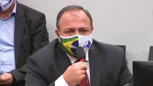 Com covid-19, ministro da Saúde segue internado em Brasília