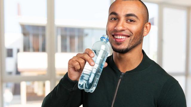 Hora certa: cinco momentos do dia em que deve beber água