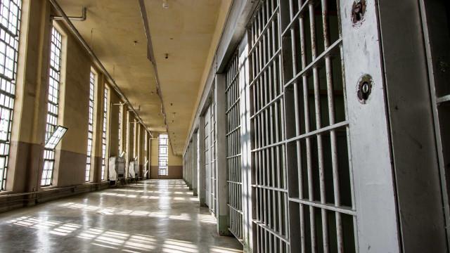 Visitas a presidiários estão suspensas por mais 30 dias