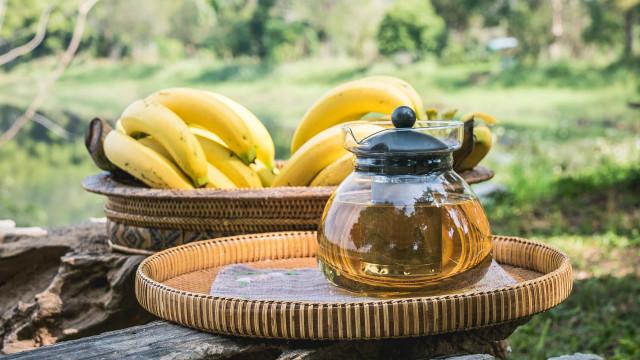 Infusão de banana: Saiba como fazer e conheça os benefícios