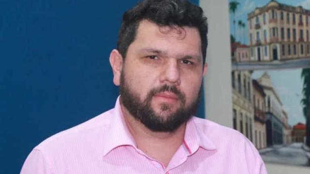 STF solta blogueiro Oswaldo Eustáquio, mas impõe restrições