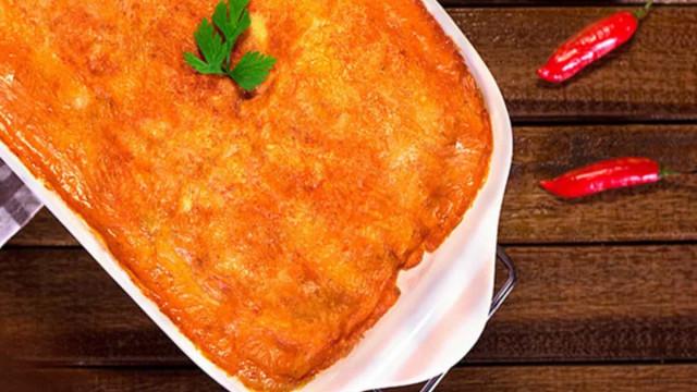 Aprenda fazer uma deliciosa Lasanha com Strogonoff de Frango