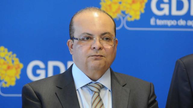 PF indicia Ibaneis por omissão de valores desviados de 'laranjas'
