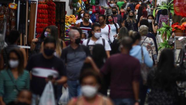 Vendas do varejo sobem 0,6% em fevereiro ante janeiro, afirma IBGE