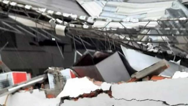 Ciclone derruba estrutura de campo do Marcílio Dias e fere dirigente