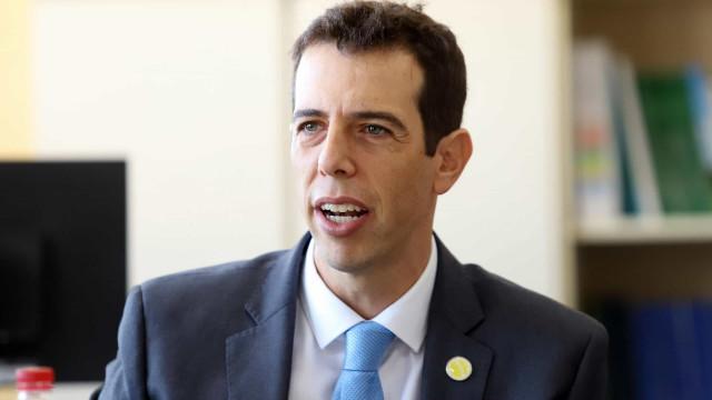 Sob pressão de ideológicos, Feder diz que recusa convite para o MEC