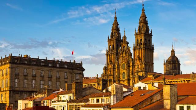 Espanha volta a confinar 70 mil pessoas na região da Galícia