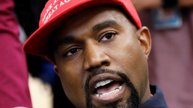 Kanye West suspenso do Twitter após fazer divulgação inesperada