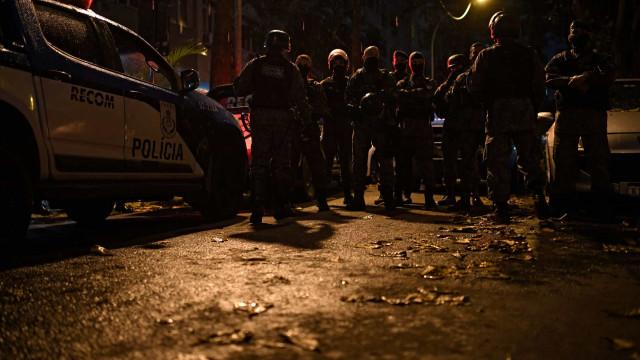Grupo de mensagens de milícia carioca tinha 500 membros, diz polícia