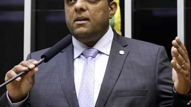 Deputado bolsonarista indenizará ministro Alexandre por ofensas nas redes
