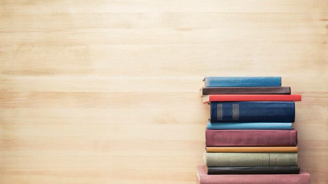 Operações investigam desvios na compra de livros didáticos no Ceará