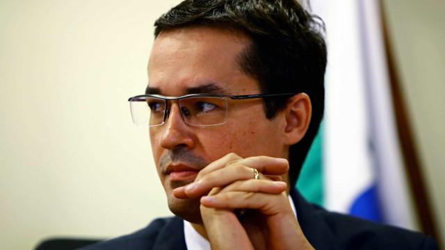 Em manifesto, senadores defendem Lava Jato e criticam decisões de Aras