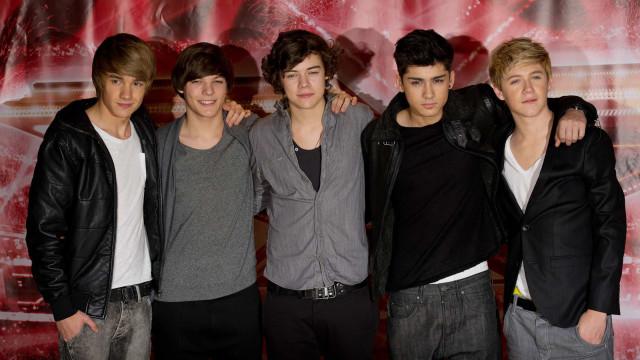 Simon Cowell, do X Factor, é acusado de escravizar artistas no reality