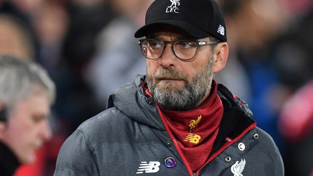 Klopp celebra aval para 2 mil torcedores em Liverpool :'Passo na direção certa'