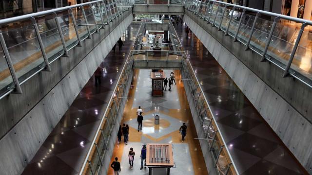 Lojistas de shopping vão à Justiça para mudar reajuste de aluguéis