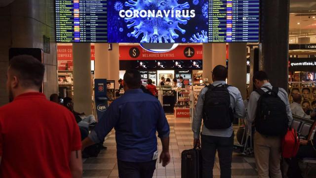 Brasil proíbe voos da África do Sul e impõe restrições a outros estrangeiros