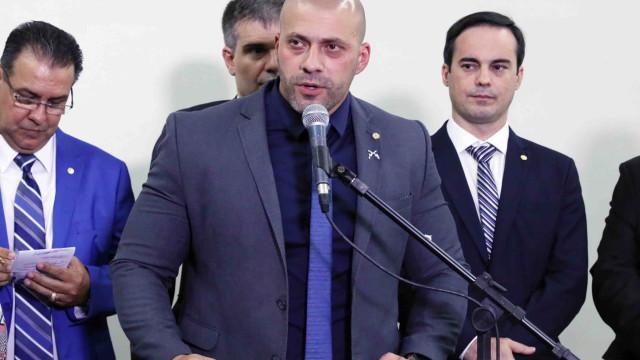 Procuradoria pede multa de R$ 38,5 mil a Daniel Silveira por desacato
