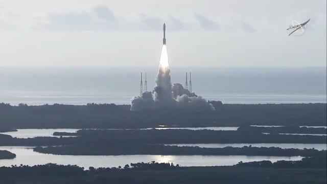 Nasa lança missão com o jipe Perserverance para Marte