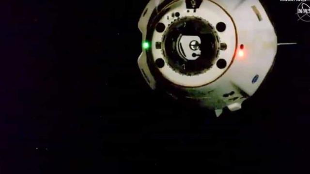 SpaceX deixa Estação Espacial Internacional iniciando regresso à Terra