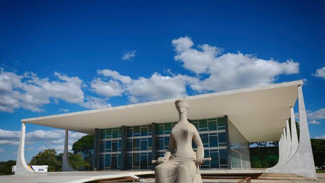 Bolsonaro e Queiroz são pendências do Judiciário com fim do recesso