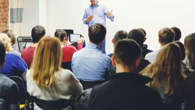 São Paulo recria magistério para formar assistente de professor