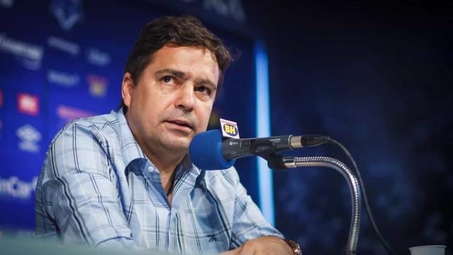Ex-Cruzeiro, Itair Machado está na UTI de hospital com coronavírus