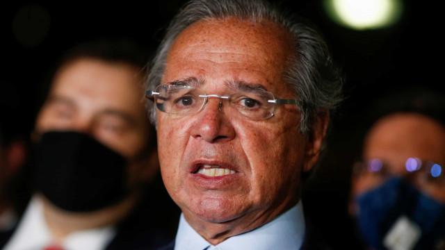 Chamar imposto digital de CPMF é maldade ou ignorância, diz Guedes