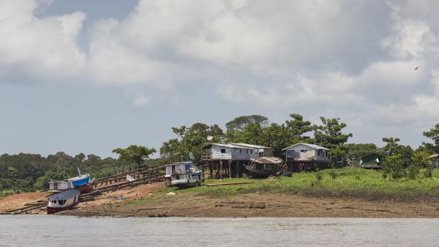 Ribeirinhos relatam mais mortos durante operação da PM no Amazonas