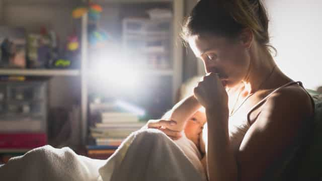 Especialista fala sobre dificuldades comuns no aleitamento materno