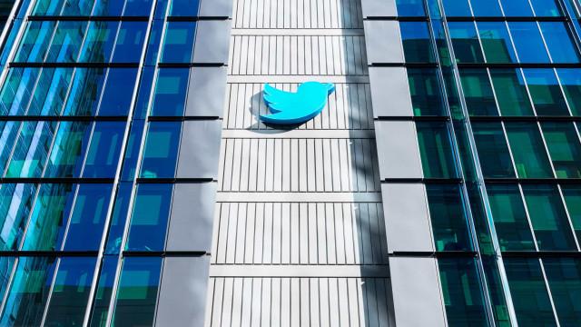 Twitter defende empresa que monitora 'tweets' para a polícia
