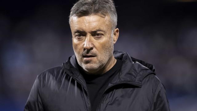 Diretoria descarta mudança no Flamengo e dá respaldo para Domènec Torrent