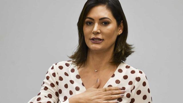 Nas redes, Michelle e filhos de Bolsonaro fazem campanha para candidatos