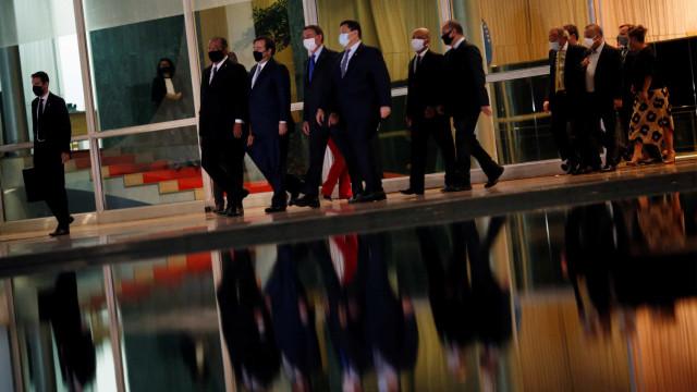 Bolsonaro: respeito ao teto de gastos e responsabilidade fiscal
